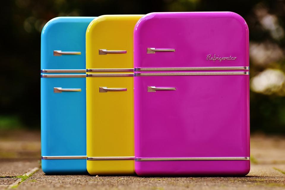 Gekleurde koelkasten voor iedere keuken