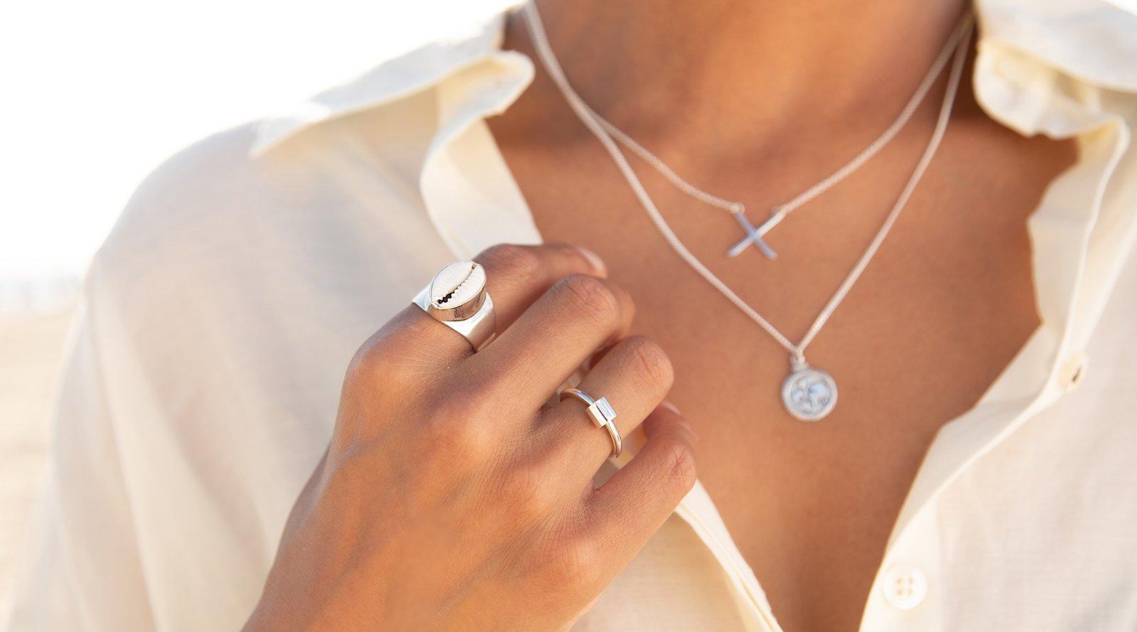 Initialen sieraden: een van de meest populaire sieraden