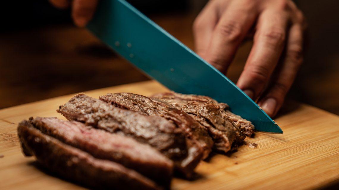 Biologisch vlees is zowel goed voor mens, dier en klimaat